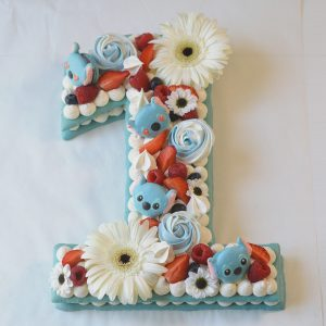 Number Cake vanille fruits rouges - theme Stitch