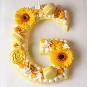 letter cake G passion mangue
